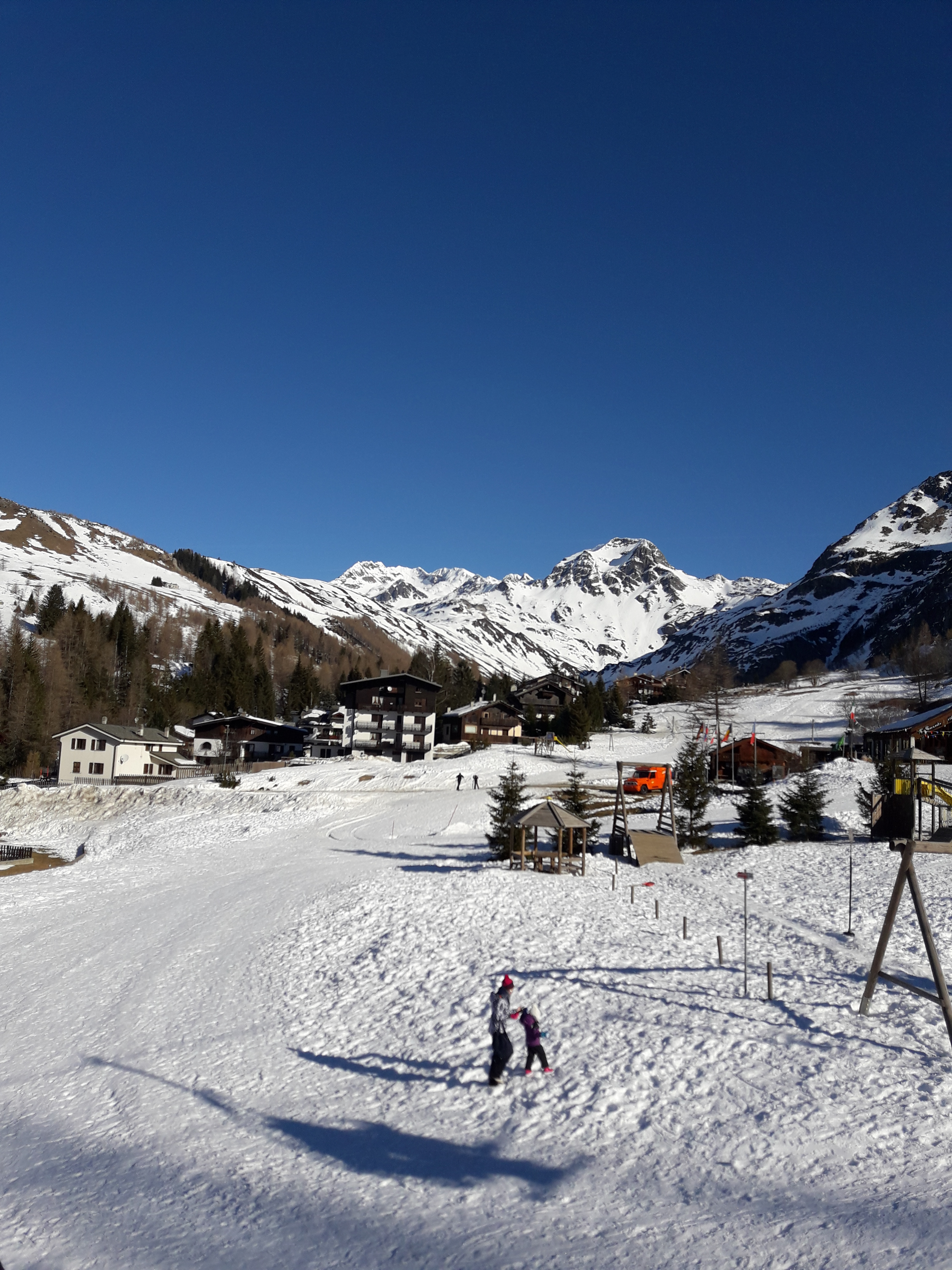Sciare coi bambini a Madesimo,il parco giochi sulla neve