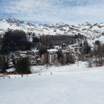 Sciare coi bambini a Madesimo, vista dalle piste su Madesimo