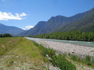 La ciclabile della Valchiavenna coi bambini,il fiume Mera