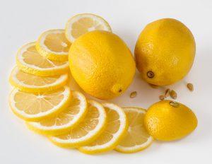 limoni e mal d'auto