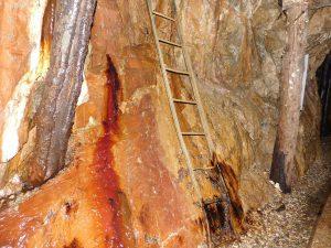parete della miniera di cortabbio