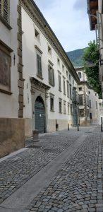 Cosa fare a Tirano coi bambini:i palazzi storici di Tirano