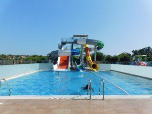 piscina ad Irene PAlace: DOVE SOGGIORNARE A RODI