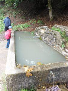 Escursione dai piani d'erna verso il passo del giuff, il fontanone