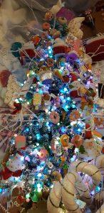albero di natale decorato coi dolci