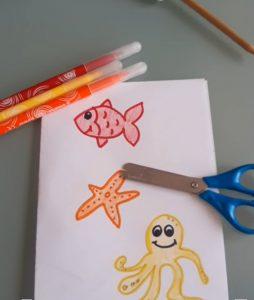 disegnare igli abitanti del mare per questa attività per bambini