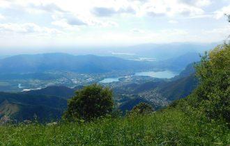 Panorama sui laghi briantei dal mote tesoro