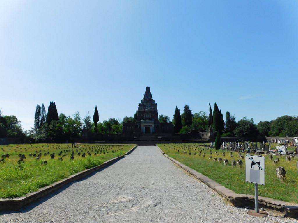 Cimitero di Crespi d'adda